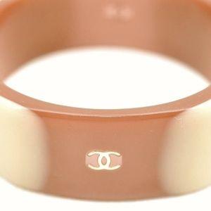 """CHANEL Jewelry - CHANEL Bangle """"CC"""" Logos Bracelet -Brown"""